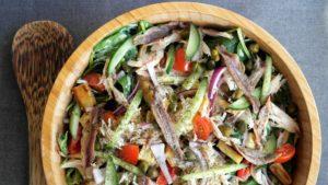 Maaltijdsalade, makreel, spinazie, pastinaak